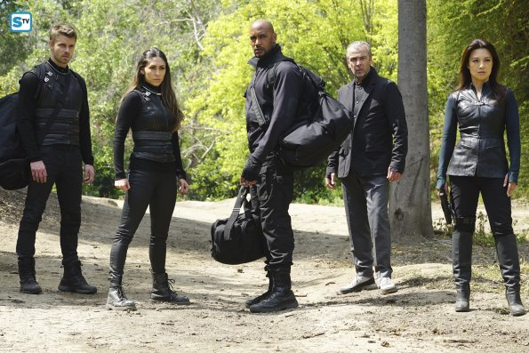 Agents-of-S-H-I-E-L-D-Episode-3-21-Absolution-agents-of-shield-39596394-595-397